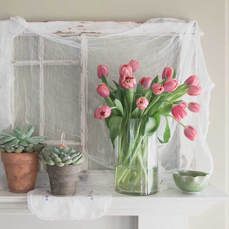 Vintage Window (Pains) Tulips, Friday Finds, Barb Brookbank, Keeping With the Times