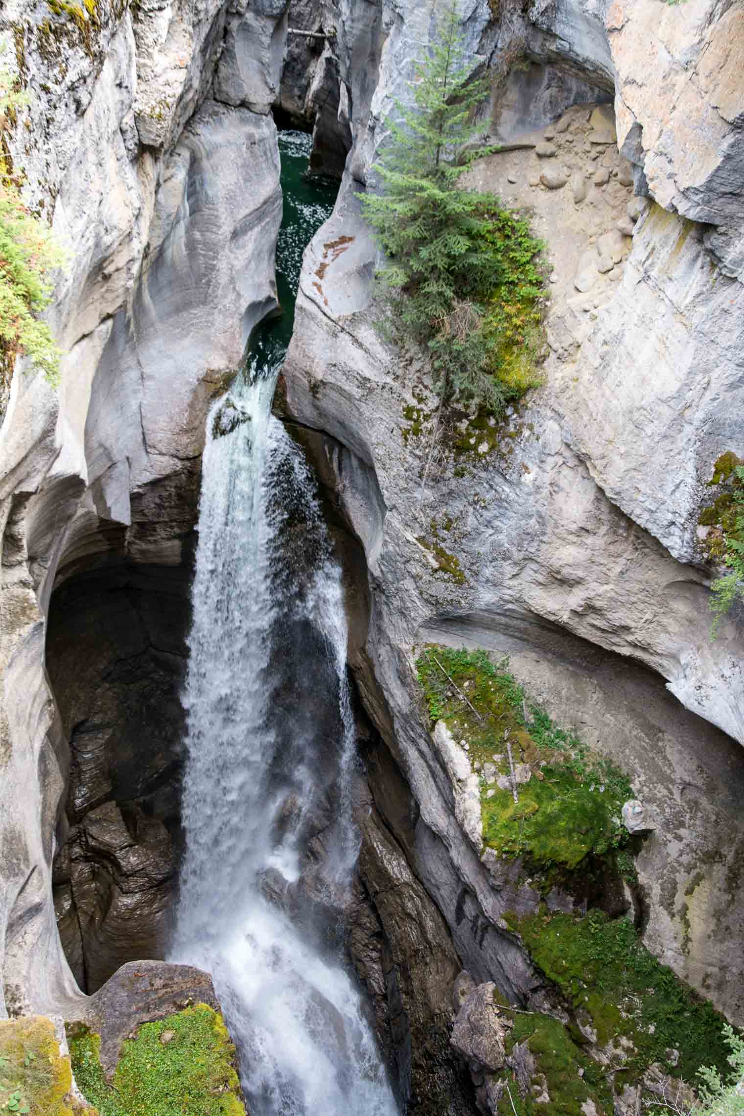 Maligne-Canyon-5