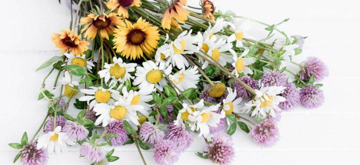 Easy Floral Arranging Tip