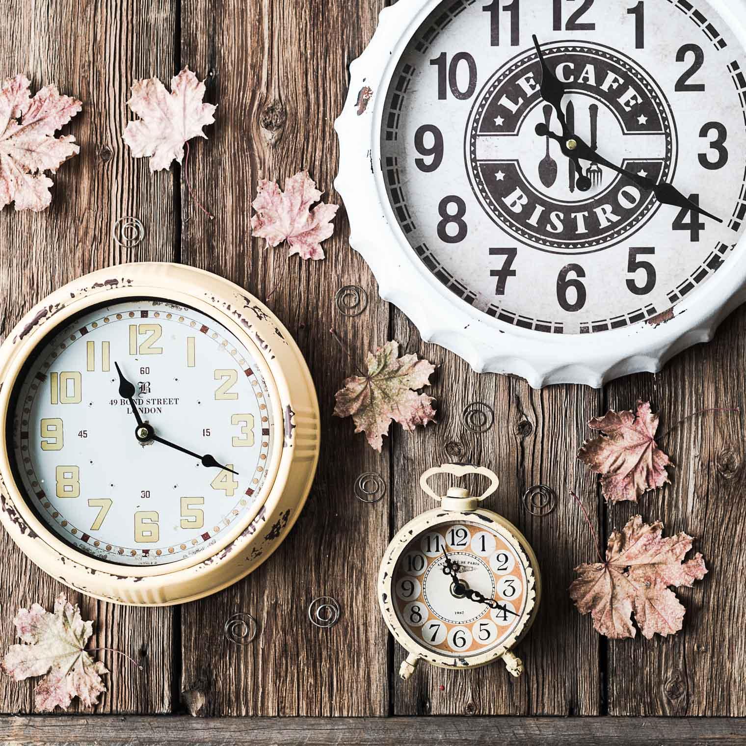 clocksx3