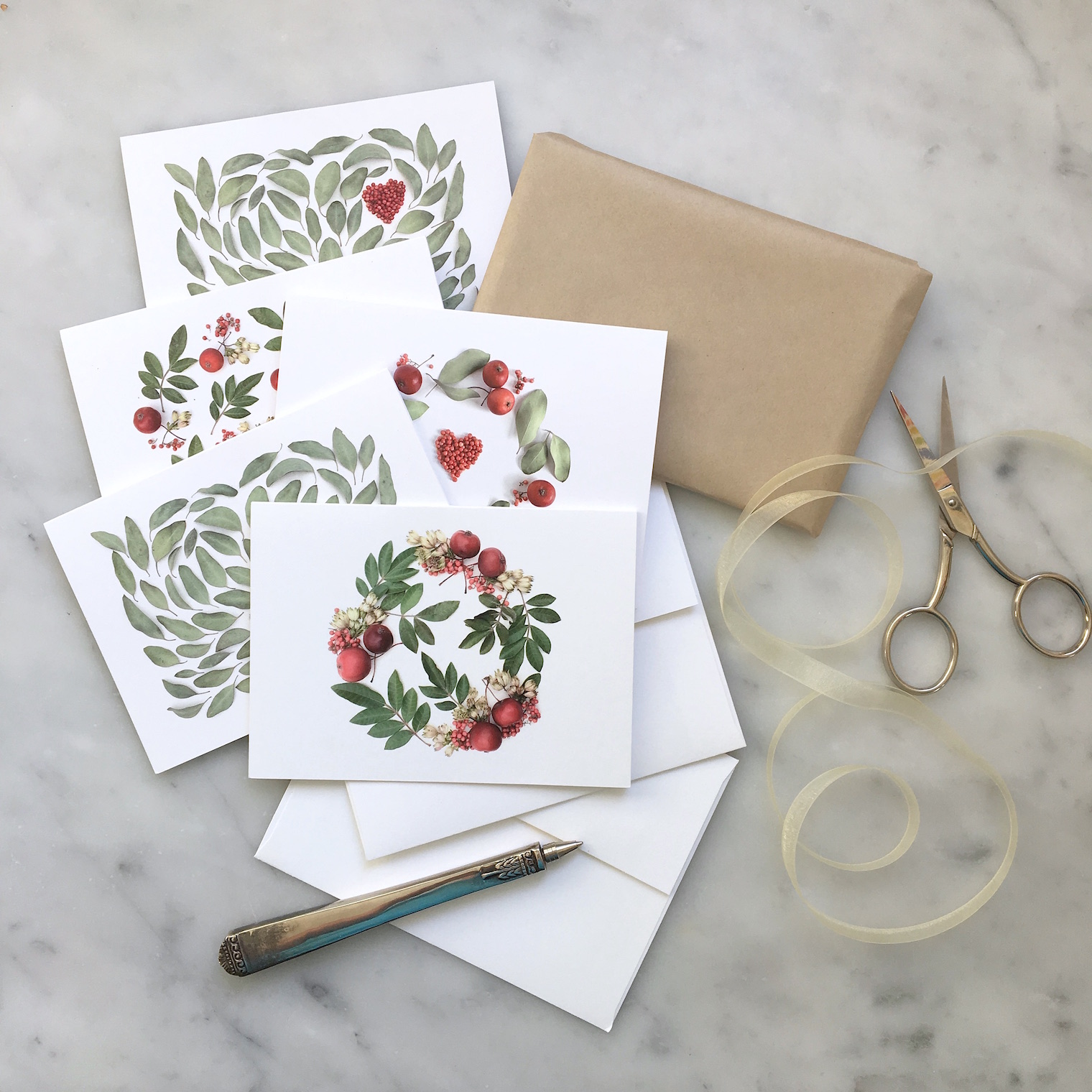 set of cards - hearts and leaves by bottlebranch